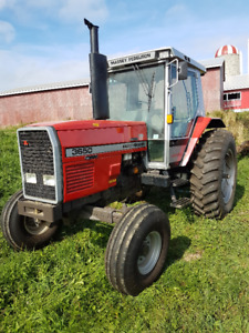 Massey Ferguson 3650 tractor