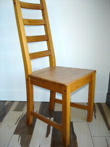 4 chaises pin massif solid pine chairs