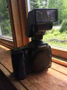 Canon eos 10d digital camera with canon flash
