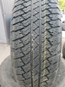 pneu 255/70r18 bridgestone dueler at
