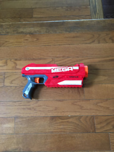 I really like this new Nerf gun. It has a fantastic shape that lends itself  well to sci-fi or modern weapon designs. It's also a semi-auto gun so it  can ...