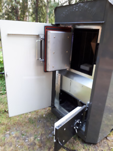 In / Outdoor Wood Boilers by Polar and Portage and Main