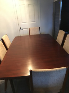 ROSEWOOD DINING ROOM SET WITH 6 CHAIRS & MATCHING BUFFET