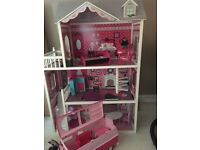 Big doll house and campervan