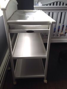 Baby change table white