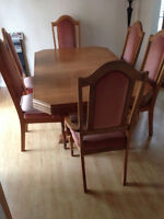 6 seater wood dining table & chairs