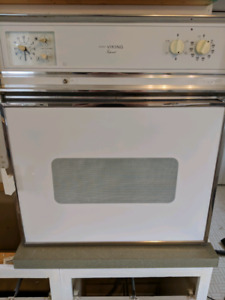 Viking wall oven with cook top