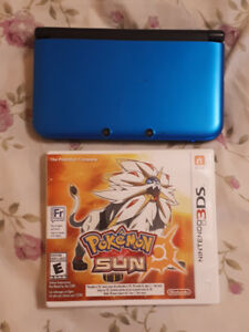 NINTENDO 3DS WITH POKEMON SUN