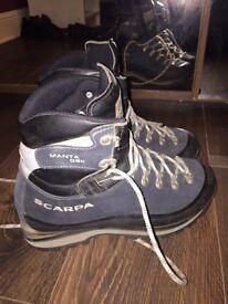 Scarpa Manta mountaineering hiking boot