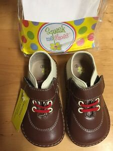 Squeak shoes size 6