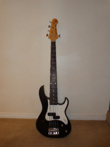 5 string Yamaha electric bass for sale
