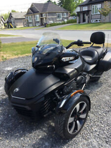 2017 Can-Am Spyder F3-T SE6 SEULEMENT 2000 KM