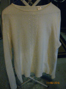 White Sweater Windsor Region Ontario image 1