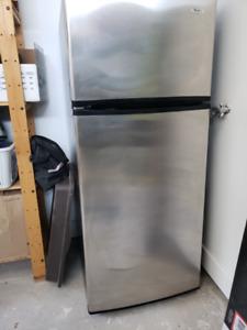 Whirlpool réfrigérateur à congélateur supérieur