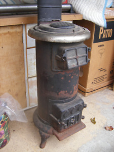 Quebec Heater Style Wood Stove