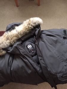 Canada Goose hats online price - Canada Down Goose | Kijiji: Free Classifieds in Edmonton. Find a ...