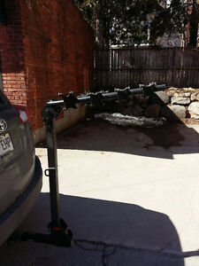 4 Bike Hitch Rack- New used only 2 times