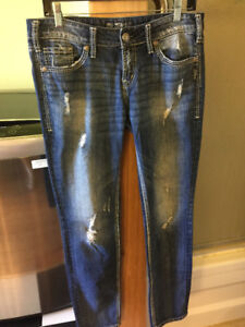 SILVER JEANS!! Aiko skinny  29