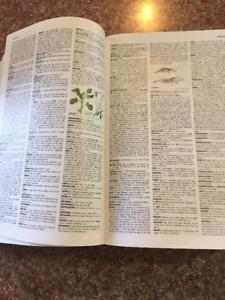 Le petit Larousse 2008 dictionnaire