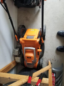 Lawnmower  cordless 2 years old very good condition