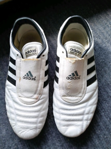 ADIDAS MARTIAL ARTS SHOES - SIZE 12