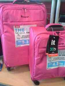 It Luggage set of two