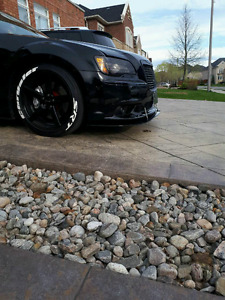 2012 chrysler 300 srt 8