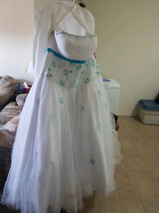 Ball Gown Type Dress