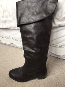 BOOTS/SHOES SIZE 11 ~ LIKE NEW