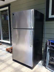 Stainless Steele Refrigerator for Sale - 21.6 Cu. Ft.