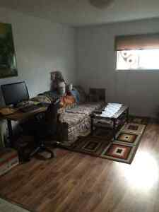 Upstairs Apartment with 1 bedroom - Iroquois Falls