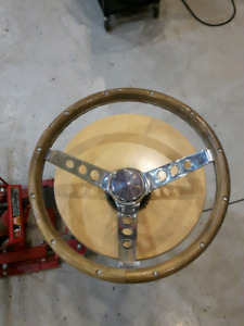 Aftermarket steering wheel - fits muscle cars