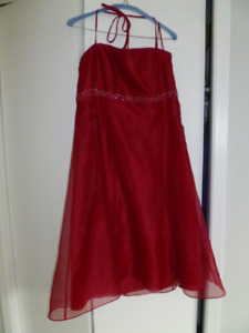 """""""Christmas Red"""" colour prom dress to sell"""