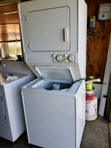 Stackable Maytag Washing Machine and Dryer