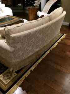 a set of 2 couches 1000$ each Oakville / Halton Region Toronto (GTA) image 4