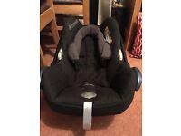 Maxi cosi new born baby seat