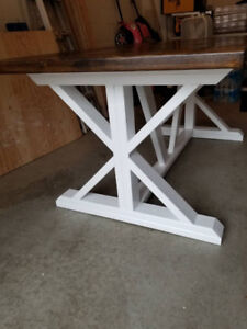 Rustik Dining Table
