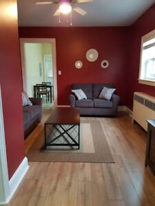 1 BDR APARTMENT, CITY CENTER, STEPS FROM KINGS PLACE