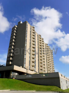 SPECTACULAR VIEW*** 1 bedroom on an upper floor high rise