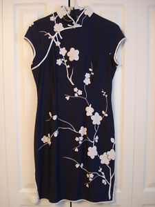 Beautiful Chinese Cheongsam/Qi Pao Party Dres