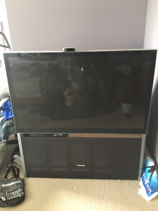 "Television - 50"" Toshiba"