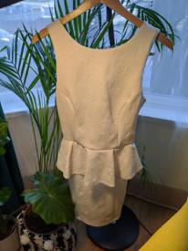 Women's clothing bundle size 6–8