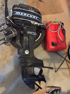 20 HP 2 stroke short shaft  MERCURY OUTBOARD MOTOR - overhauled