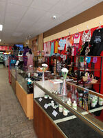 Set up your vendor store front in Oshawa at our Mini Mall