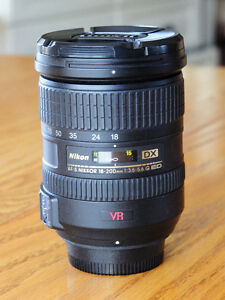 Excellent Condition Nikon 18-200mm DX lens