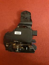 VW GOLF MK4 Door locking mechanism
