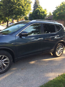 2015 Nissan Rogue Top Model Lease - 6 months left