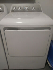 Practically New- GE 7.2 Cu Ft Electric dryer.