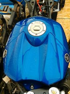 YAMAHA R1 2004 TO 2006 FUEL/GAS TANK Windsor Region Ontario image 6