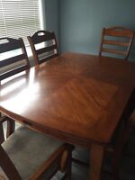 Beautiful kitchen table and chairs.